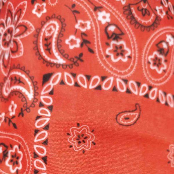 Bandana-red-detail