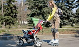 Rollerblading-with-stroller