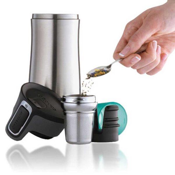WestLoop-Tea-infuser-hand-puring-tea