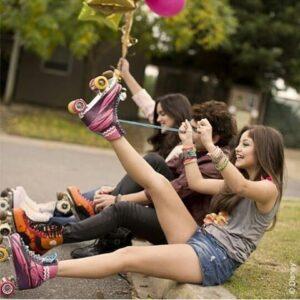girlfriends wearingn their rollerblades