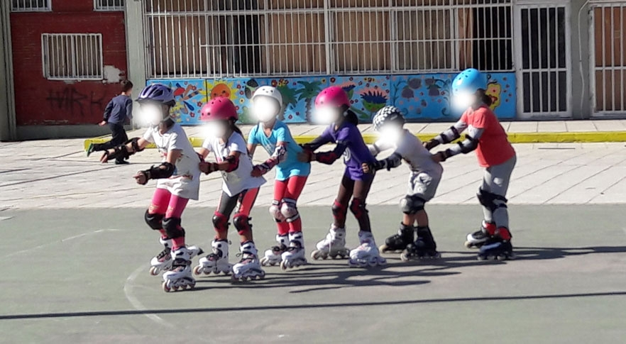 Παίζουμε και μαθαίνουμε rollers στο 10ο Δημοτικό Σχολείο Καλαμαριάς