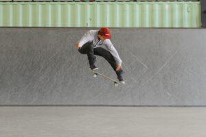 skateboard-trick-tip-ollie-high